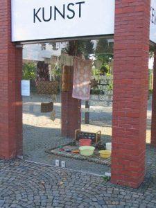 """Wiebke Bartsch: \\\""""Norden\\\"""", verschiedene Materialien, (2005), Detail"""
